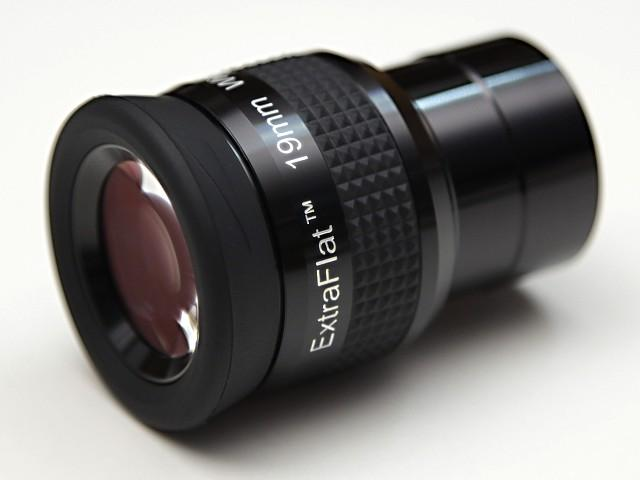 "OKULÁR SKY-WATCHER 19mm EXTRA FLAT FIELD 1,25"" ZP 65°"