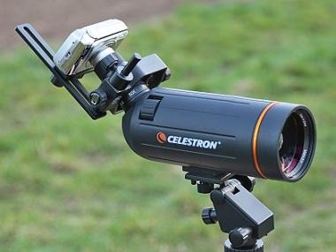 Připojení kompaktu za okulár pozorovacího dalekohledu Celestron C-70 MiniMak